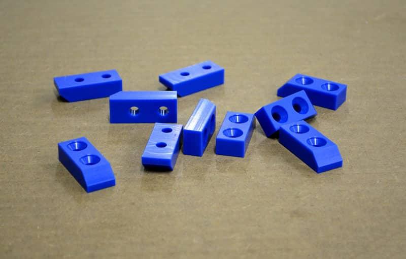 pe- konštrukčný technický plast
